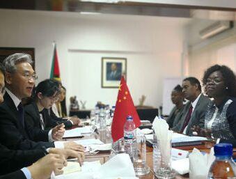 张桃林会见莫桑比克农业与粮食安全部副部长梅克
