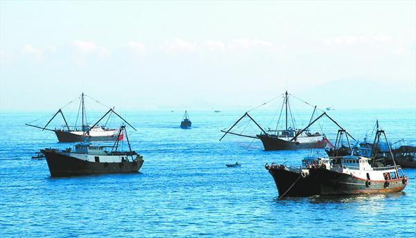 远洋渔业小镇风景图